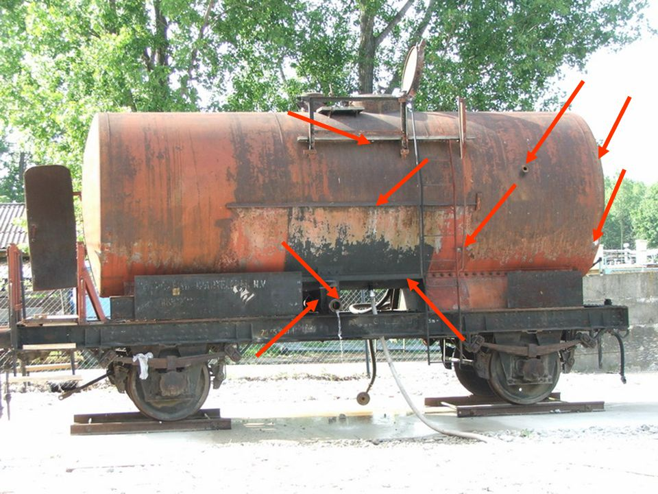 Vasúti vagon lékekkel... Tank wagon with leakages...