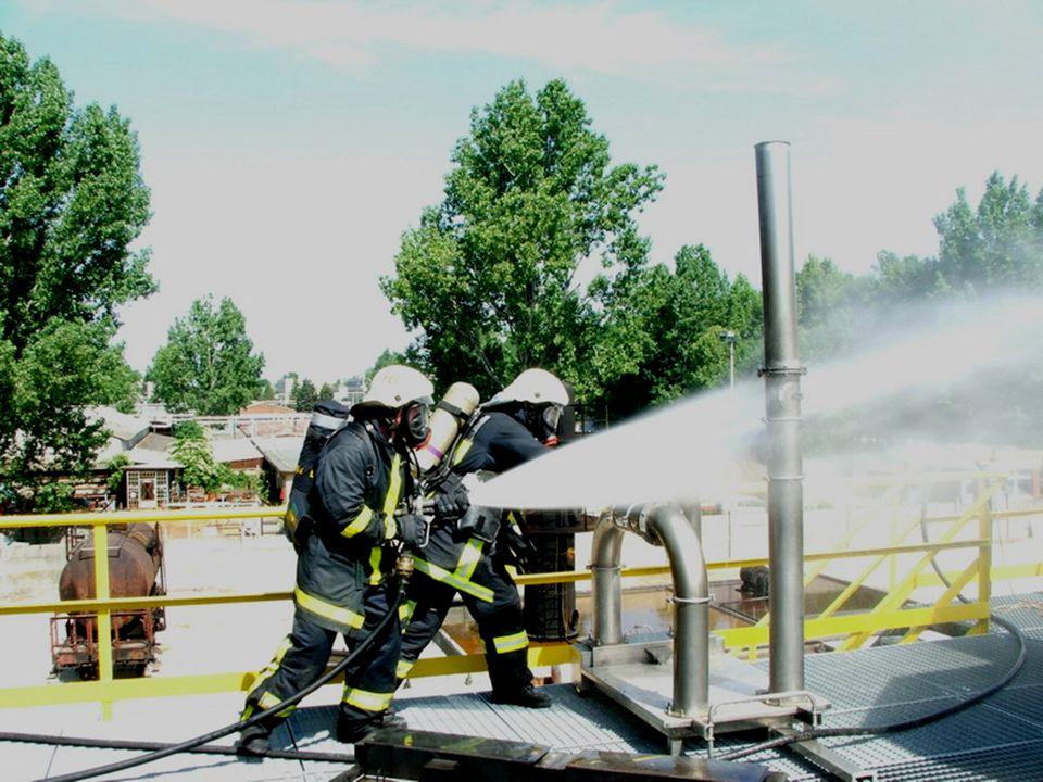 Tálca és gázvezeték peremtűz... Flatburner and gas pipe flange fire...