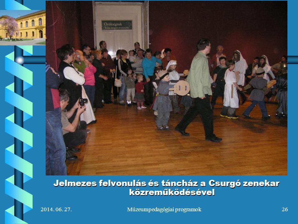 2014. 06. 27.Múzeumpedagógiai programok26 Jelmezes felvonulás és táncház a Csurgó zenekar közreműködésével