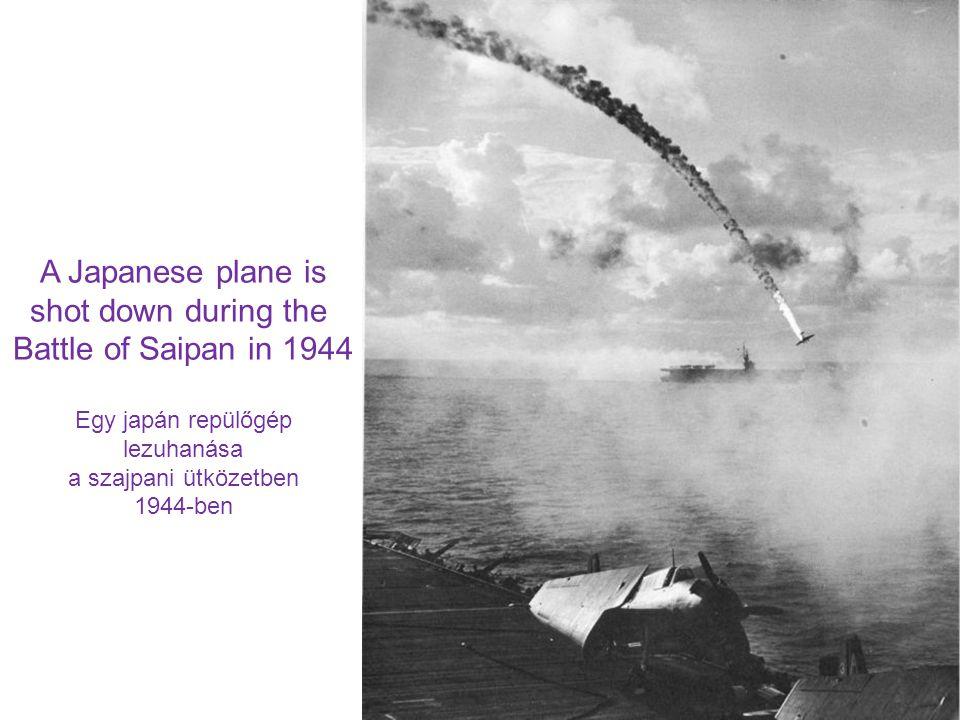 A Japanese plane is shot down during the Battle of Saipan in 1944 Egy japán repülőgép lezuhanása a szajpani ütközetben 1944-ben
