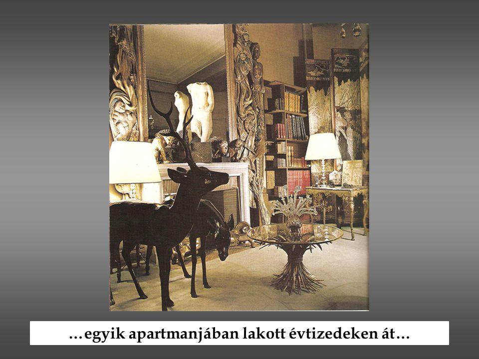 …egyik apartmanjában lakott évtizedeken át…