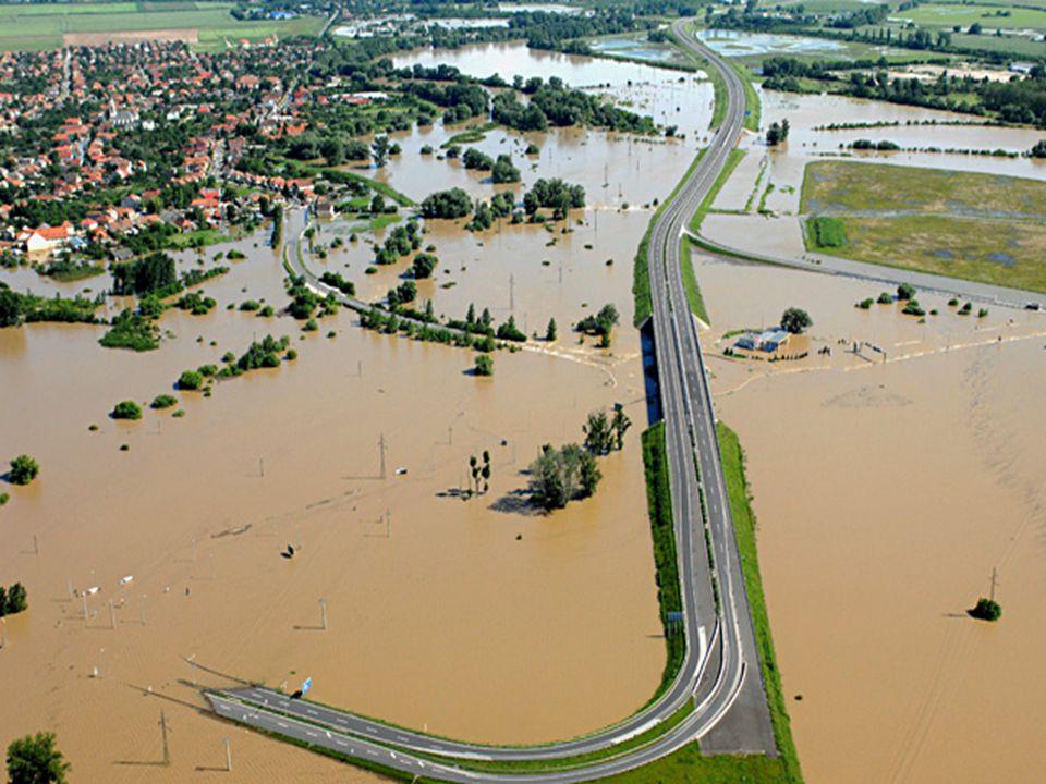 Előzmények – rendkívüli meteorológiai körülmények  2009.