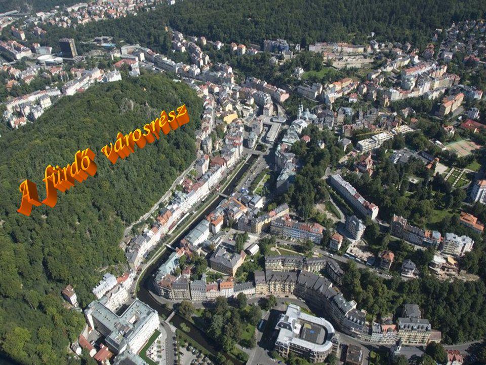  Karlovy Vary, a legnagyobb cseh fürdőváros Csehország legnyugatibb régiójában fekszik, nem messze a német határtól.