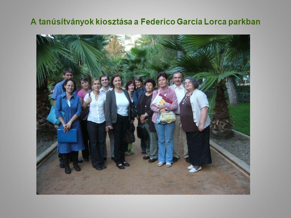 A tanúsítványok kiosztása a Federico García Lorca parkban