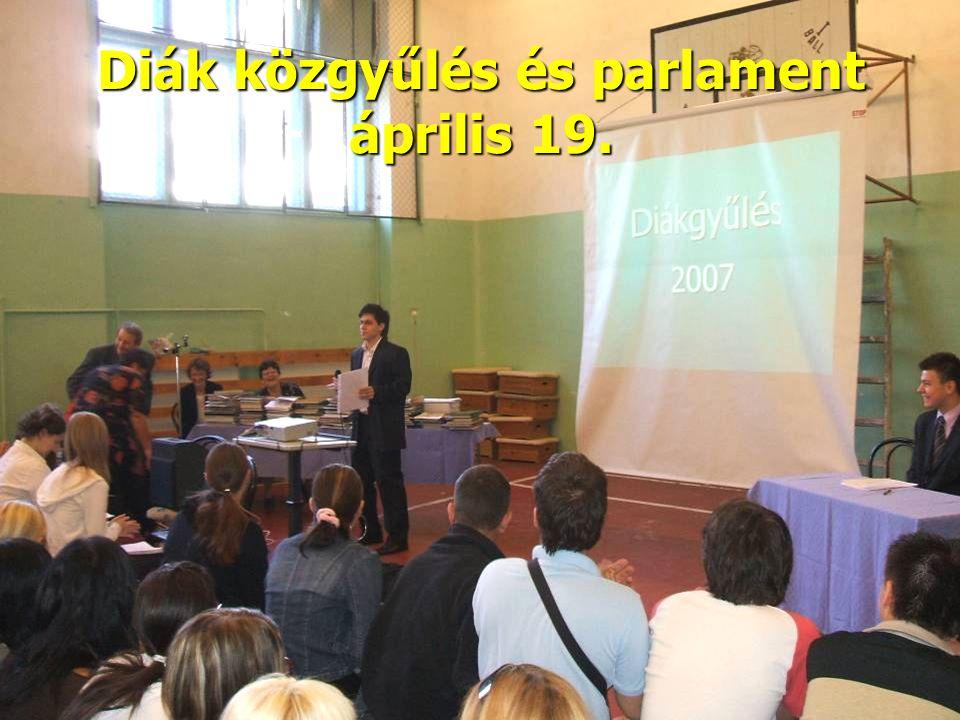 Diák közgyűlés és parlament április 19.