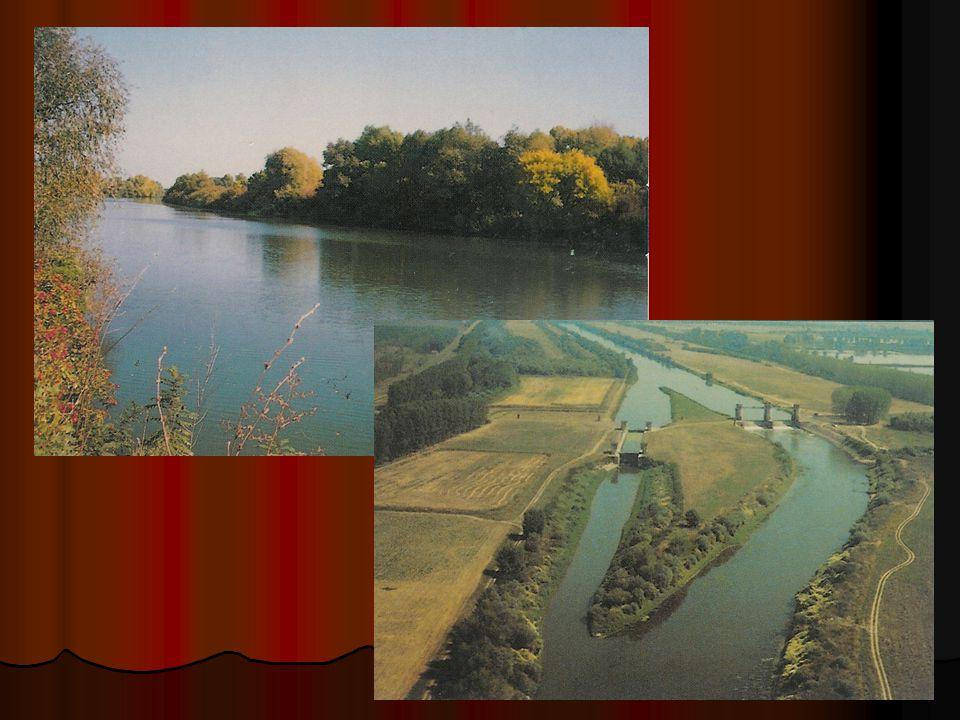  A dombsági és középhegységi tájak szélesebb folyó és patakvölgyeiben, kismedencéiben 10 000 km 2 -nyi terület szorult vízrendezésre.