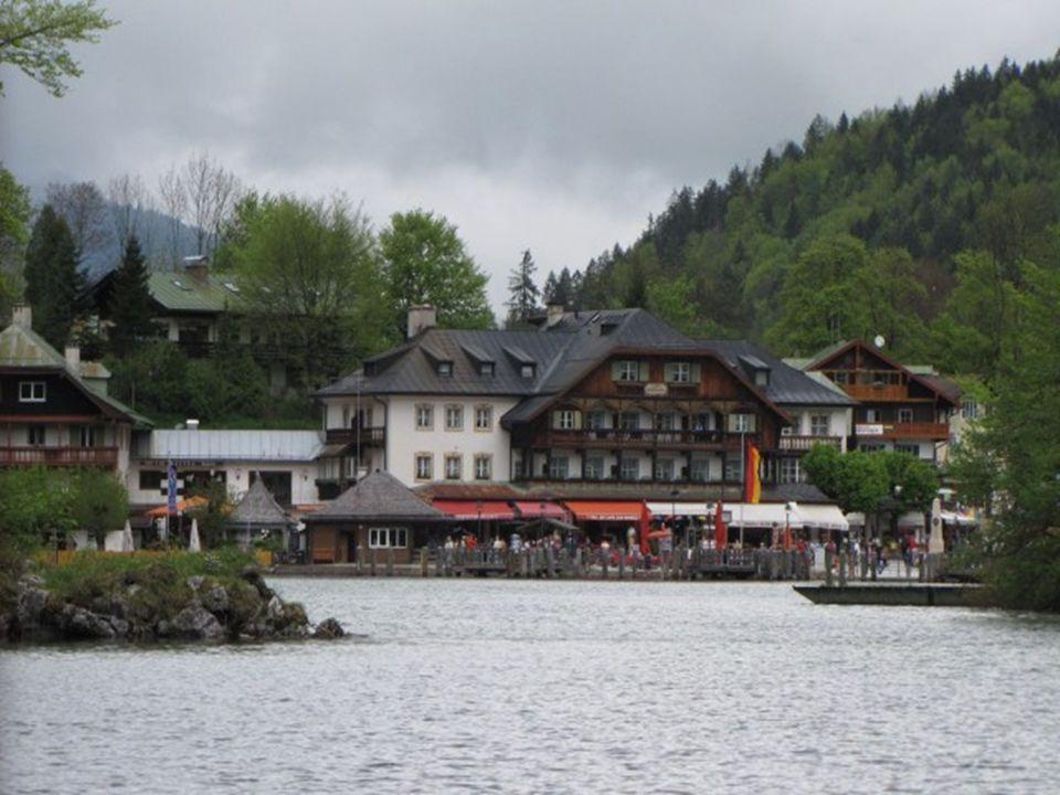 A tó vize nagyon tiszta, ivóvíz minőségű, kézi hajtású csónakok használata és fürdés, úszás a tóban nem engedélyezett.