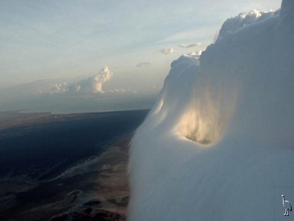 Ez a jelenség a viágon több helyen előfordul, de a szép látványt nyújtó érdekes felhők csak Ausztráliában jelennek meg.