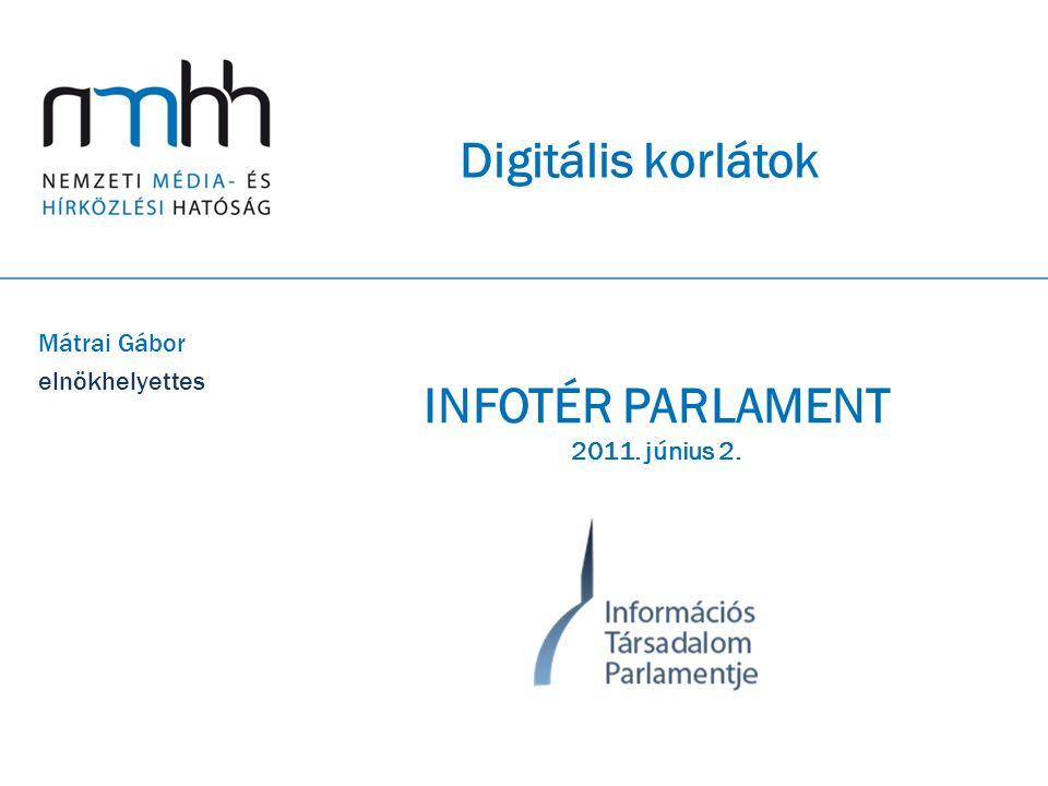 """12 Digitális közbizalom – Digitális Társadalmi Szerződés  a korábban megrendült közbizalom helyreállítása mellett a társadalmi és a gazdasági fejlődéshez kiemelten járulhat hozzá a digitális közbizalom megteremtése, fenntartása és folyamatos erősítése  a digitális közbizalom – politikai nyomás nélkül – a civil társadalom aktív részvételével és alapjainak hosszú távra konszenzussal történő meghatározásával alakítható ki (Digitális Társadalmi Szerződés)  a digitális közbiztonság tekintetében a hírközlési és virtuális hálózatok integritása, a nyújtott szolgáltatások állandó minősége, a felhasználók személyes adatai és """"titkai védelme, kiemelt társadalmi csoportok (különösen a kiskorúak) védelme és a digitális kalózkodás és digitális adat- és információ-lopás elleni védelem együttes kezelése szükséges, mivel ezen területek külön-külön és összességükben is alapvetően meghatározzák a felhasználók (és a felhasználásról döntők) digitális biztonságérzetét  a digitális közbiztonság biztosítása érdekében több szereplő összehangolt munkájára van szükség a hálózat üzemeltető/szolgáltató központi szerepe mellett ► tanárok: felhívni a figyelmet a veszélyekre és azok következményeire ► szülők, nevelők: szerepük hasonló a tanárokéhoz, de bizonyos tartalmak felhasználását proaktívan is meggátolhatják (szerzői joggal védett tartalmakhoz való hozzáférés kiszűrése) ► szolgáltatói és/vagy iparági """"döntnökök : előzetesen beépített, konkrét tartalmakhoz való hozzáférés tiltása (pl."""