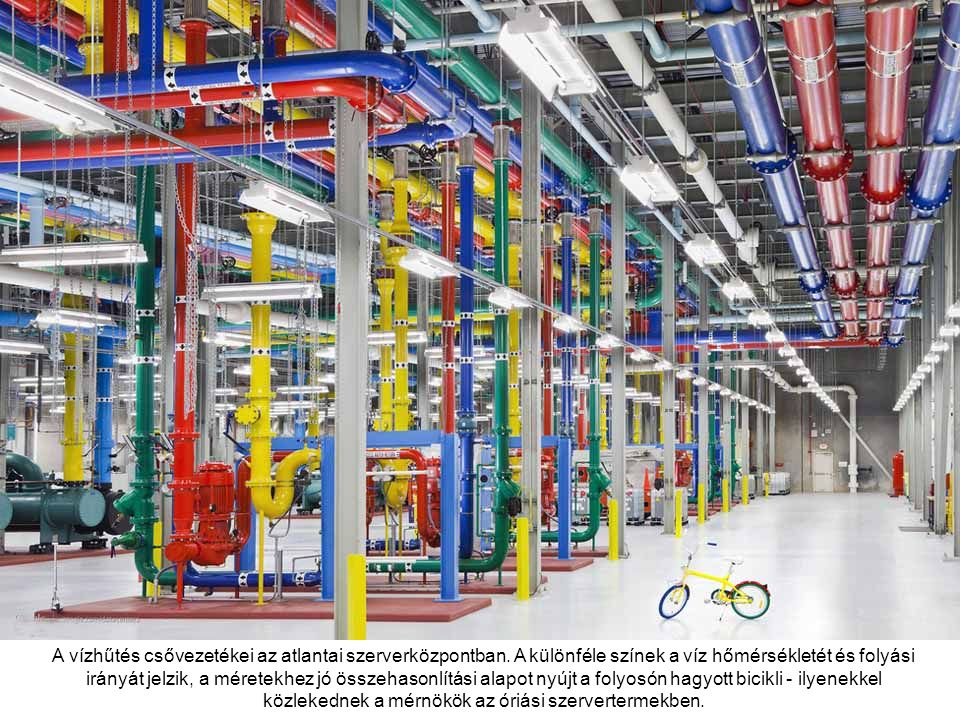 A Council Bluffs-i adatközpont legnagyobb terme, több mint tízezer négyzetméternyi területen sorakoznak itt a szerverek.