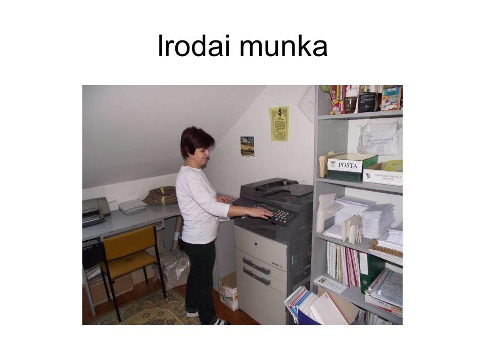 Irodai munka