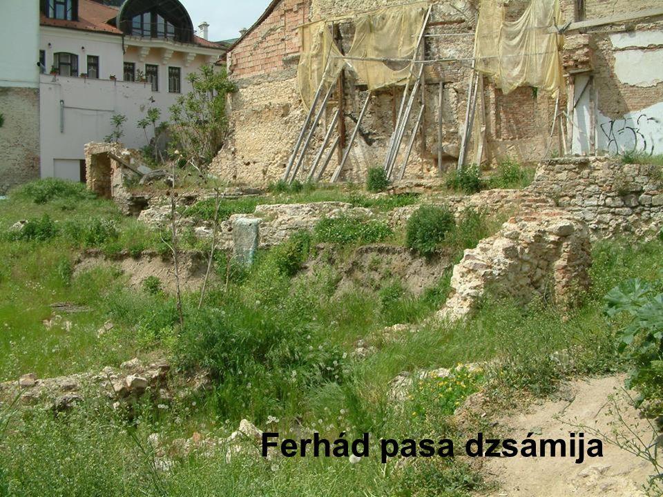Török kút és rituális mosdó (Kerlejela, Idrisz Baba kútja), 1935-ben falazott forrásfoglalattal Pécs, Rókus hegy Idrisz Baba türbéjének közelében áll.