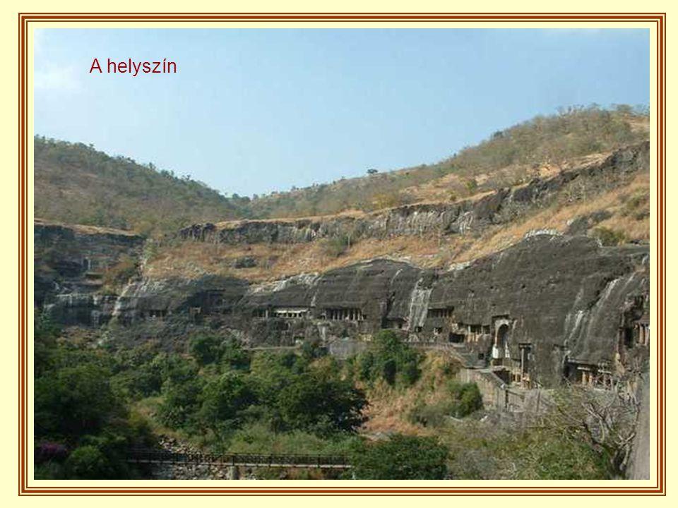 Alig több mint kétórányira Aurangabad ő si városától láthatóak a híres Ajanta barlangok, 32 olyan barlang, melyeket nem a természet, hanem emberi kéz hozott létre sok - sok évig tartó munkával.