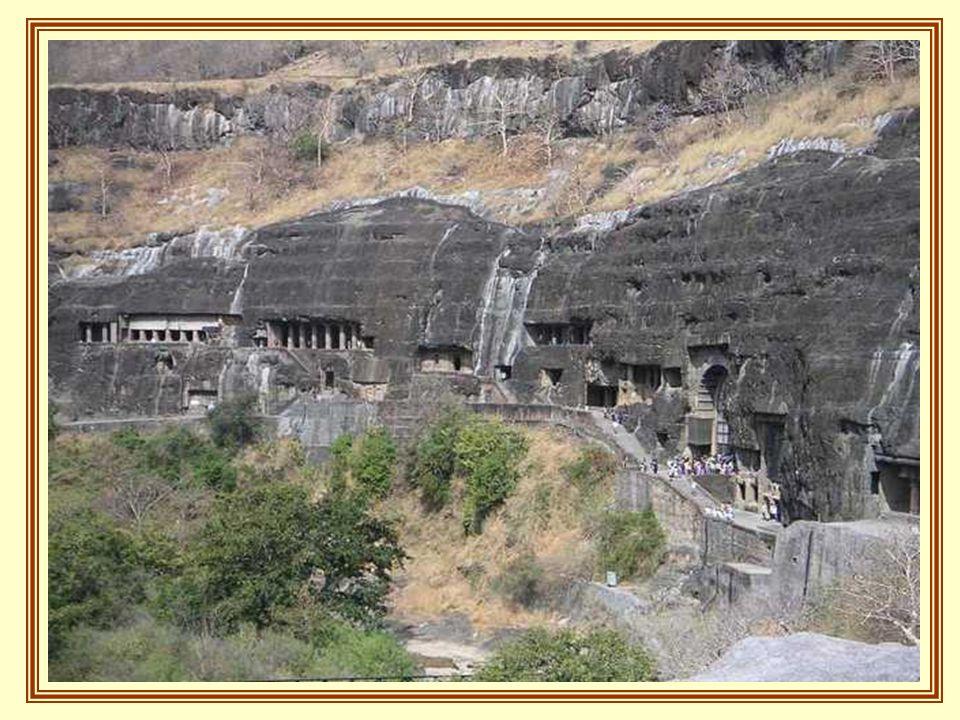 A legrégebbi barlang az időszámításunk előtti II.évszázadban készült.