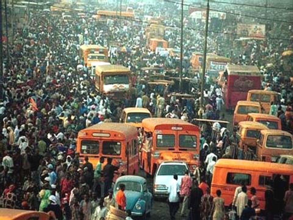 2007.08.03Az el nem kötelezettek Városok •Afrika: Nigériában Lagos városa –Összeomlott a közlekedés –Új főváros (Abuja) •Remény a nyomortelepen: •Önse