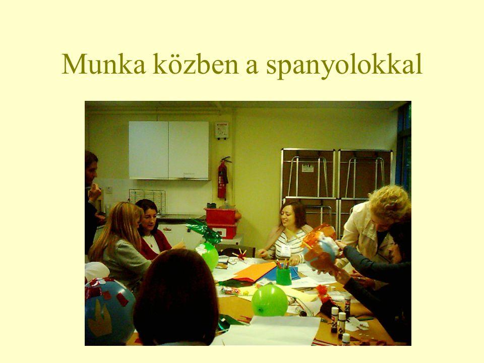 Tea szünet a tanáriban
