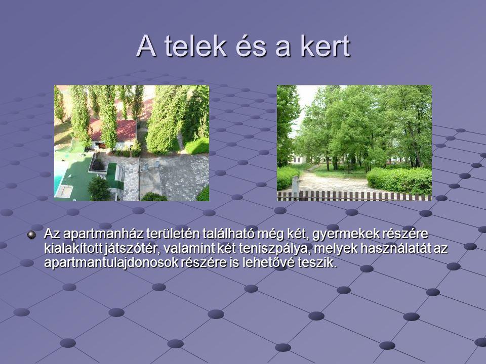 A telek és a kert Az apartmanház területén található még két, gyermekek részére kialakított játszótér, valamint két teniszpálya, melyek használatát az