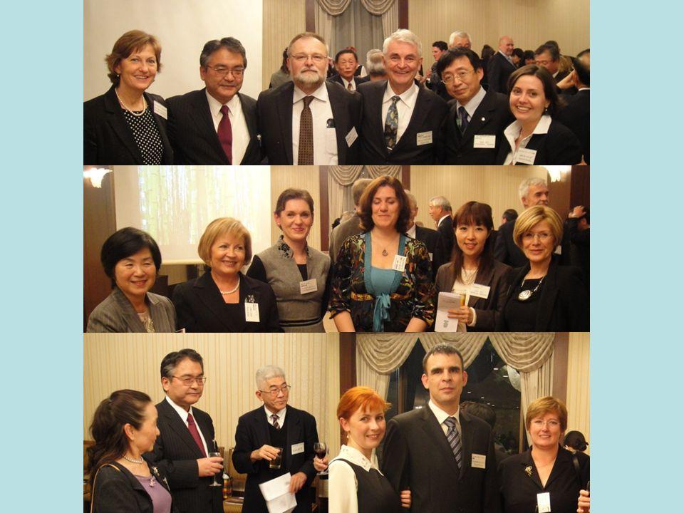 Baráti este a Fukuoka EU Association tagjaival Mr.