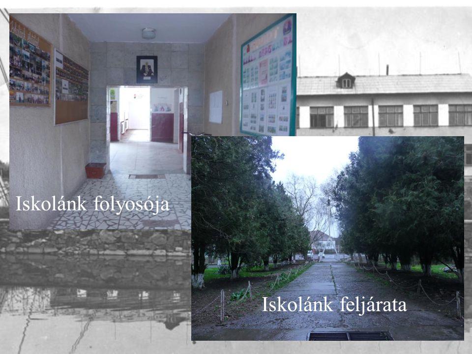 Iskolánk folyosója Iskolánk feljárata