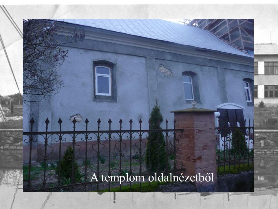A templom oldalnézetből