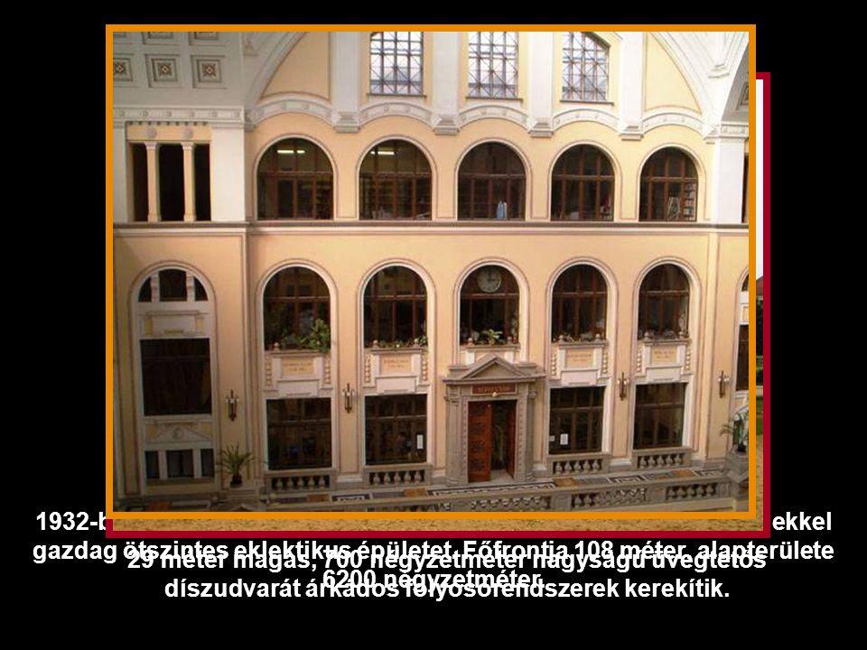 1935 Az 1538-ben alapított Debreceni Református Kollégium a Magyar Királyi Tudományegyetem 1912-es megalapításakor három akadémiai szakát átadta az egyetemnek.