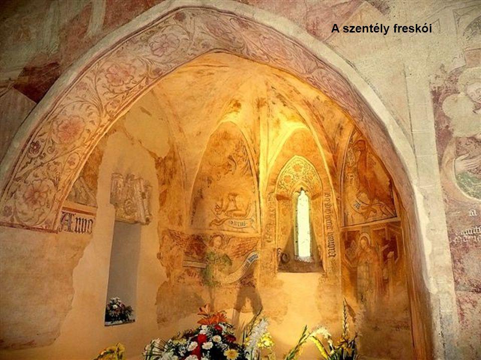 Velemér Árpád-kori katolikus temploma országos hírű műemlék, az 1300-as években készült freskókat rejt.