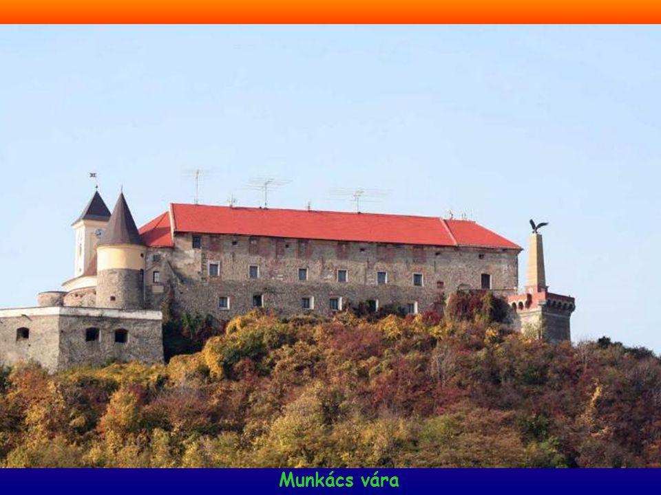 www.magyarorszag-szep.hu Gyuri 17-11-2009 Munkács első fennmaradt írásos említése 1150: Muncas. A mai vár helyén az első, fából épült őrtornyot honfog