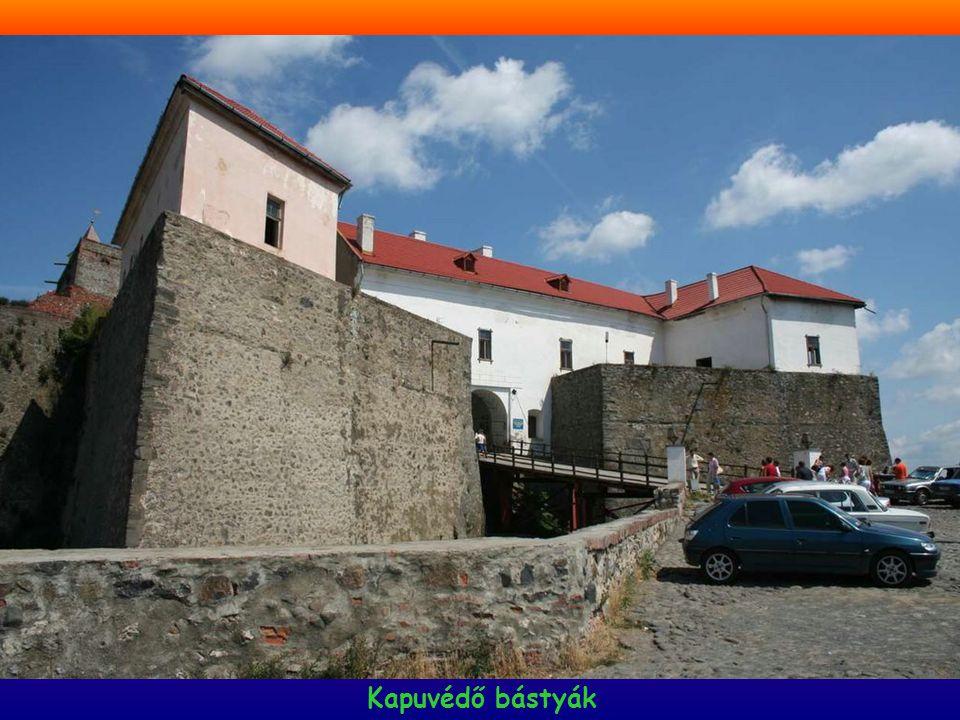 1848-49-es emlékmű A vár kútja