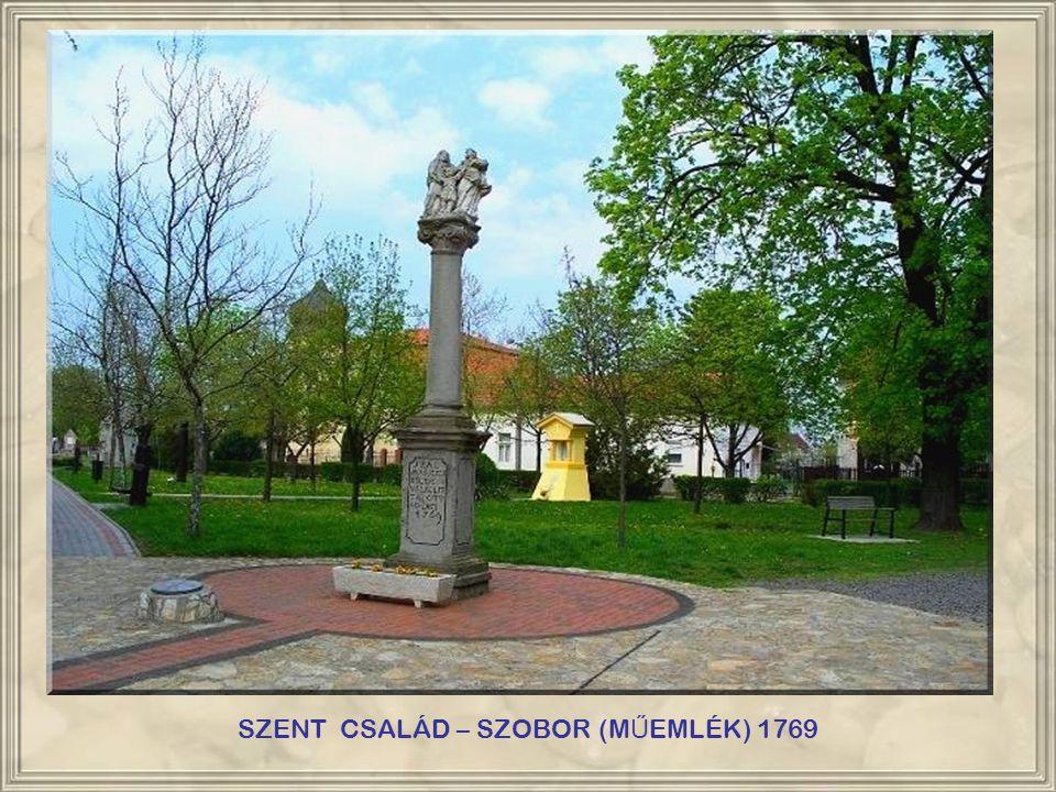 SZENT CSALÁD – SZOBOR (M Ű EMLÉK) 1769