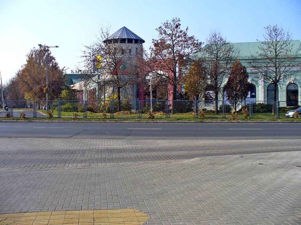 Kaposvár, a mintegy hetvenezer lakosú somogyi megyeszékhely egyidős a magyar állam létrejöttével. Hét dombra épült, a Zselic lankái és a Kapos folyó ö