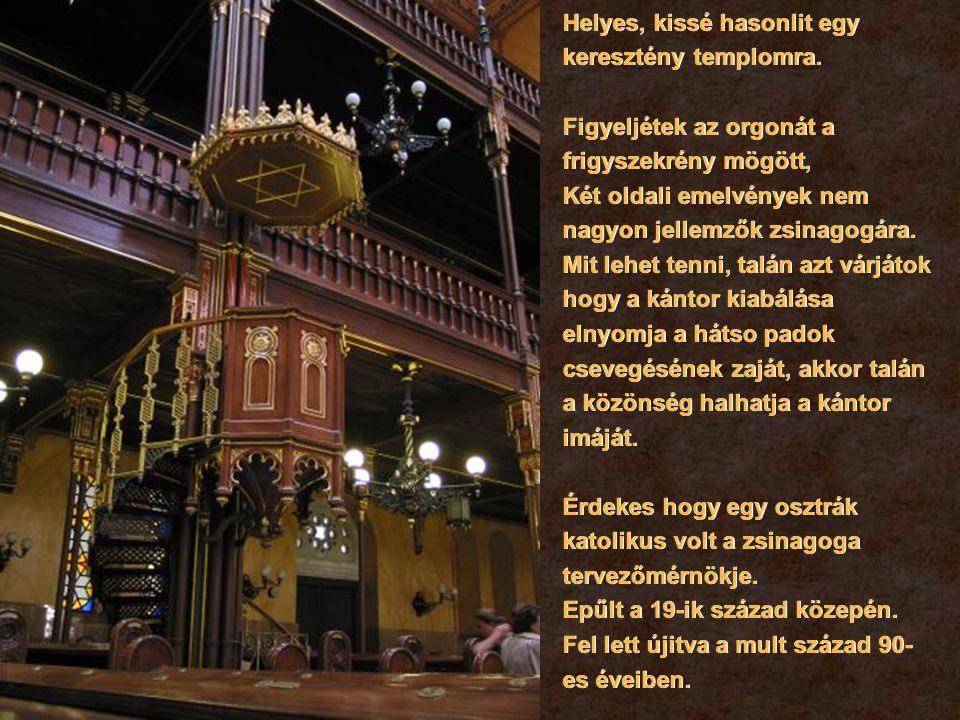 Vissza megyünk a Kazinczy utcai zsinagogába az őr szivességet tesz most és kinyissa a kaput.