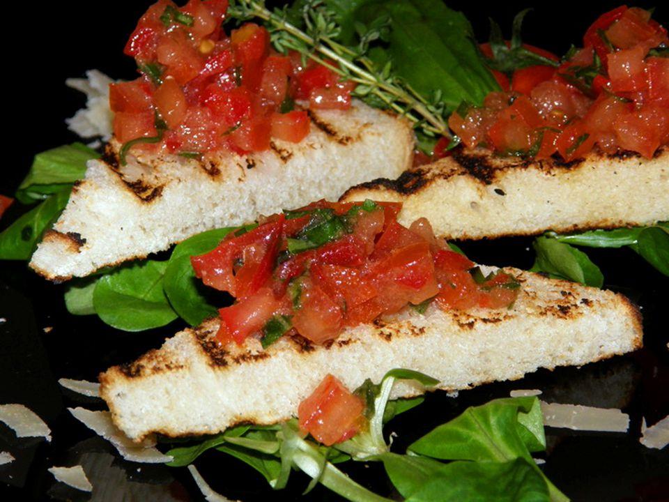 Mozzarella e Pomodoro Az eredetileg olasz származású mozzarellát ma már mindenhol készítik a világon.