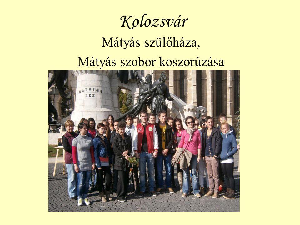 Kolozsvár Mátyás szülőháza, Mátyás szobor koszorúzása