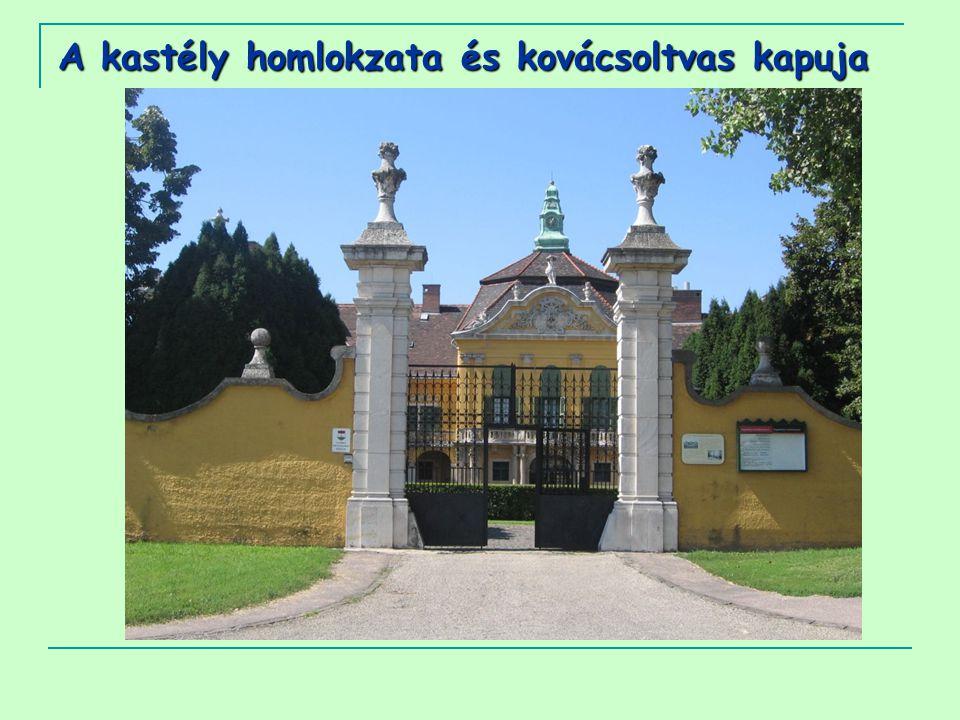 A kastély homlokzata és kovácsoltvas kapuja