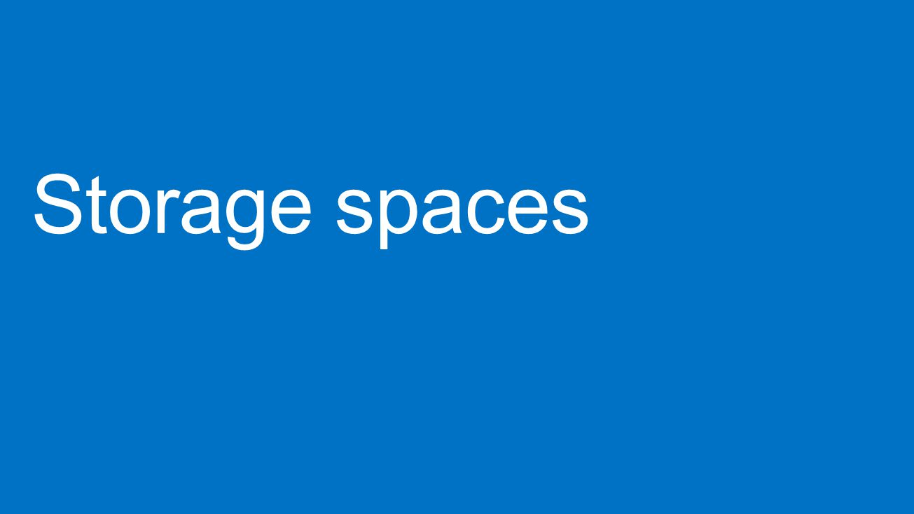 """• Igény szerinti kapacitás provízionálás és visszaszerzés • Kapacitás visszaszerzés a törölt állományokra (NTFS és ReFS) • Fájlnál kisebb mérető terület visszaszerzése (pl.: Hyper-V) • Ütemezett • Elasztikus kapacitás bővíthetőség: csak adj hozzá még egy pár diszket 60TB diszk Kiszotott kapacitás """"A 60TB diszk Kiszotott kapacitás """"A """"Thin provisioned tárterület Standard diszk alrendszer 36 TB kapacitás 72 lemezen 48 TB kapacitás 96 lemezen"""