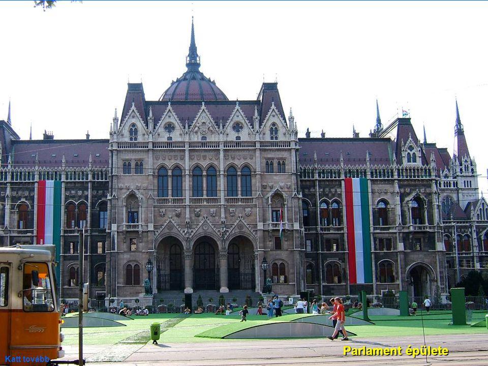08.09. 2007.Ivan Szedo: Walking on the streets of Budapest.