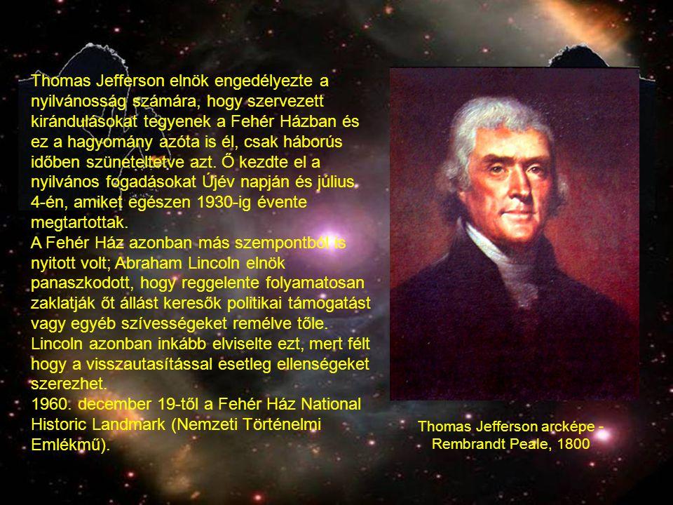 Thomas Jefferson elnök engedélyezte a nyilvánosság számára, hogy szervezett kirándulásokat tegyenek a Fehér Házban és ez a hagyomány azóta is él, csak háborús időben szüneteltetve azt.