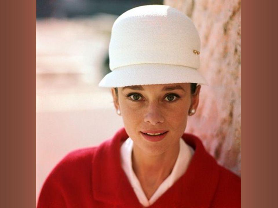 Extravagáns öltözködési stílusa az 50-es és 60-as években nagy hatással volt a divat alakítására