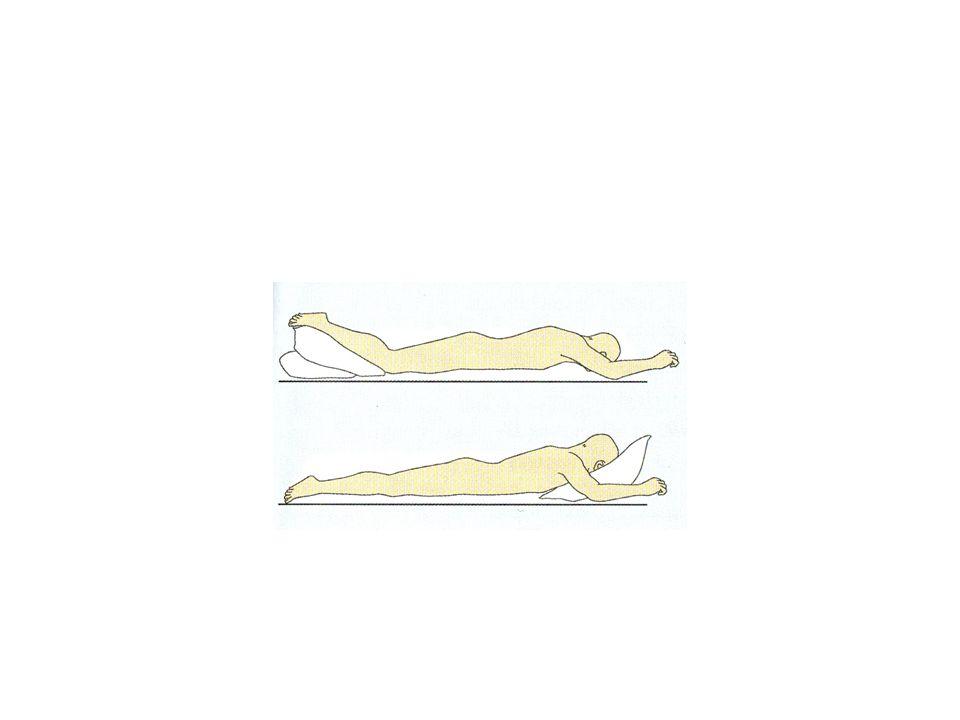 Lejtőztetés • Az ágyvég emelésével létrehozott ferde síkú fekvés, lehet emelt és süllyesztett • Emelt: ortopédiai osztályokon (nyakcsigolya húzása).