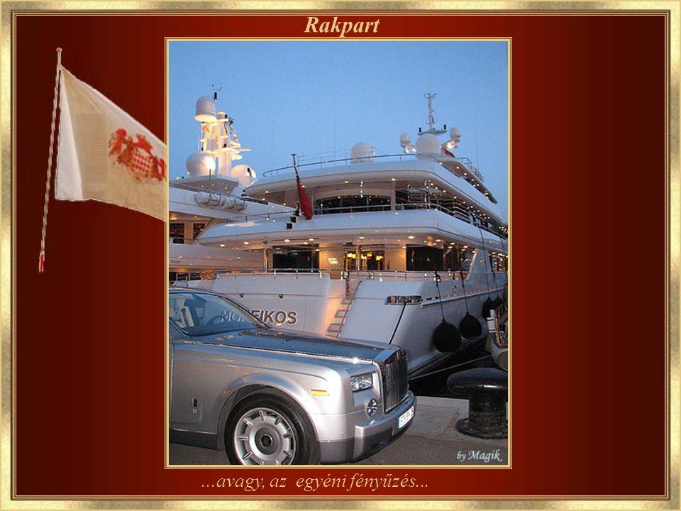 ...a közös luxus Yacht kikötő