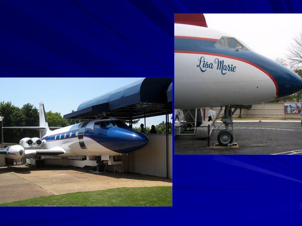 A lánya után Lisa Marie névre keresztelt repülőgépe