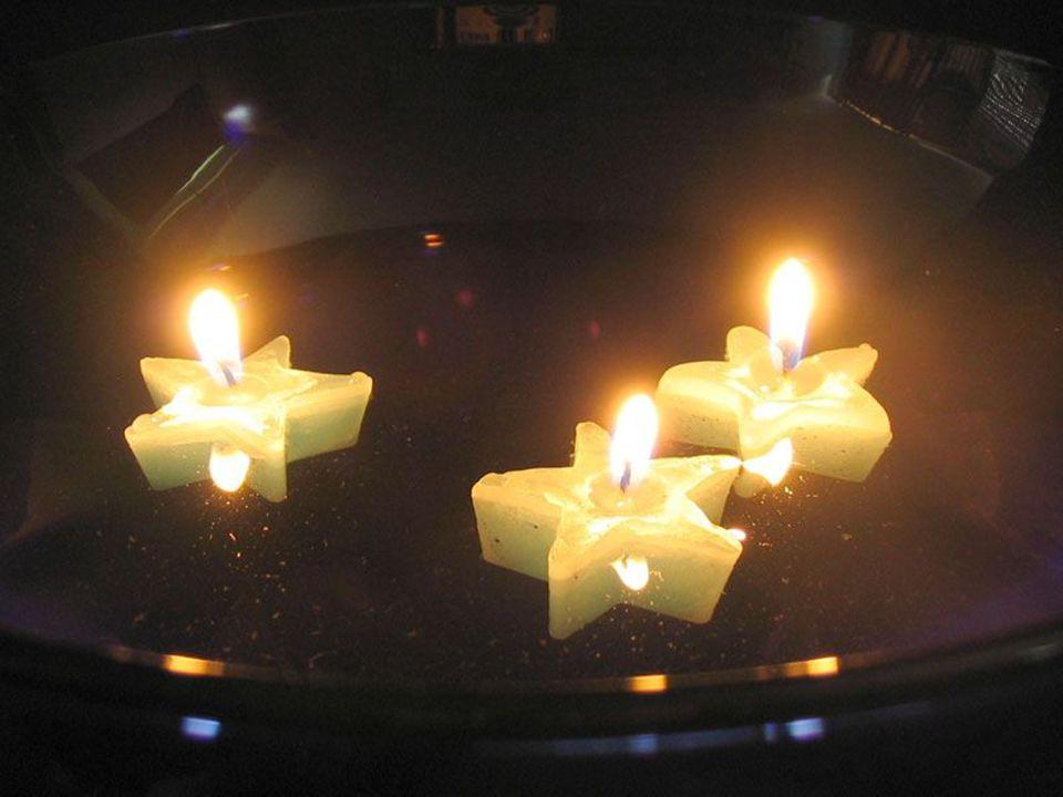 A gyertya végig kíséri az embert az életén, hiszen a keresztel ő alkalmával éppúgy jelent ő s szímbólikus szerepet játszik, akár a születésnapitortán, vagy a ravatalnál.