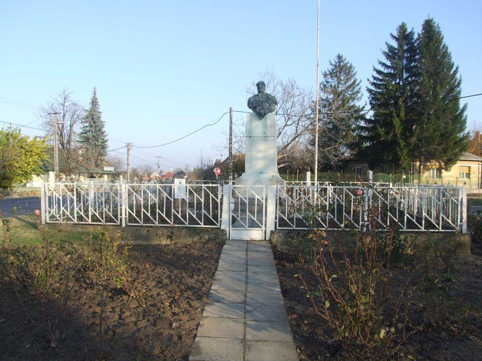 Kossuth-park felújítása Települési nemzeti ünnepek, megemlékezések színtere, fontos közösségi tér.