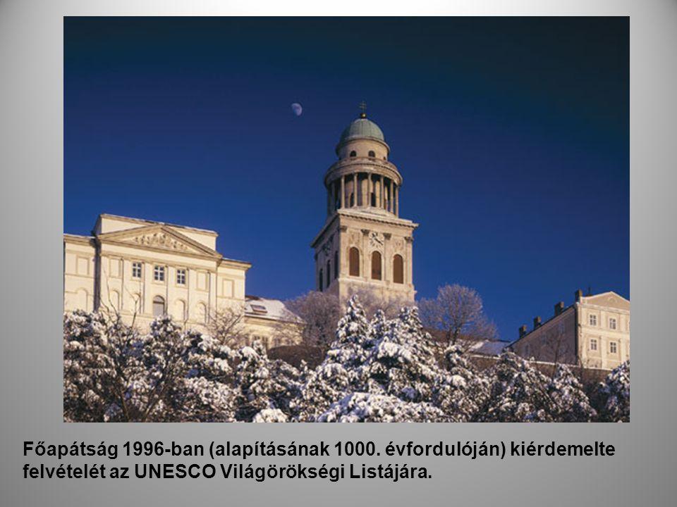 Főapátság 1996-ban (alapításának 1000. évfordulóján) kiérdemelte felvételét az UNESCO Világörökségi Listájára..