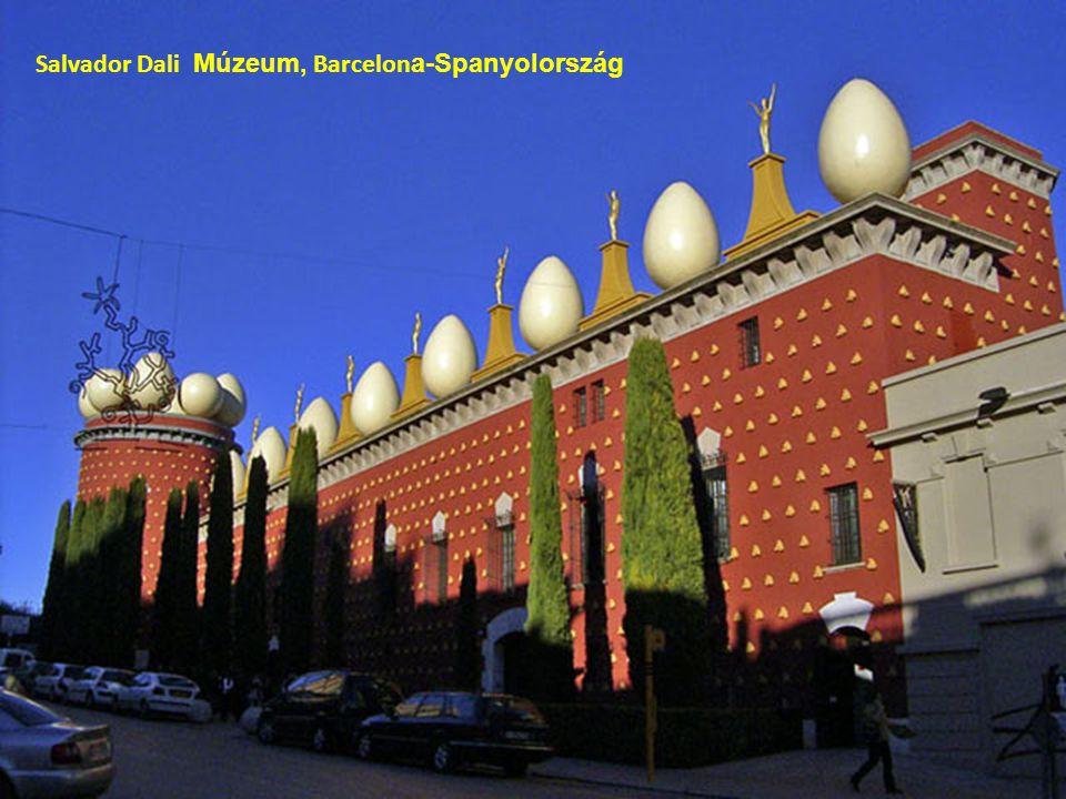 Salvador Dali Múzeum, Barcelon a-Spanyolország