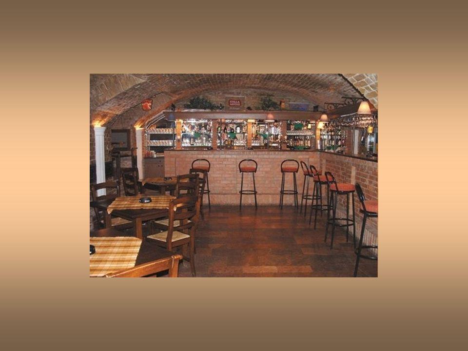 Mint vendéglátóegység 1993-ban került kialakításra, ugyanebben az évben nyitotta meg kapuit a vendégek előtt, és azóta folyamatosan pizzériaként, és étteremként funkcionál.