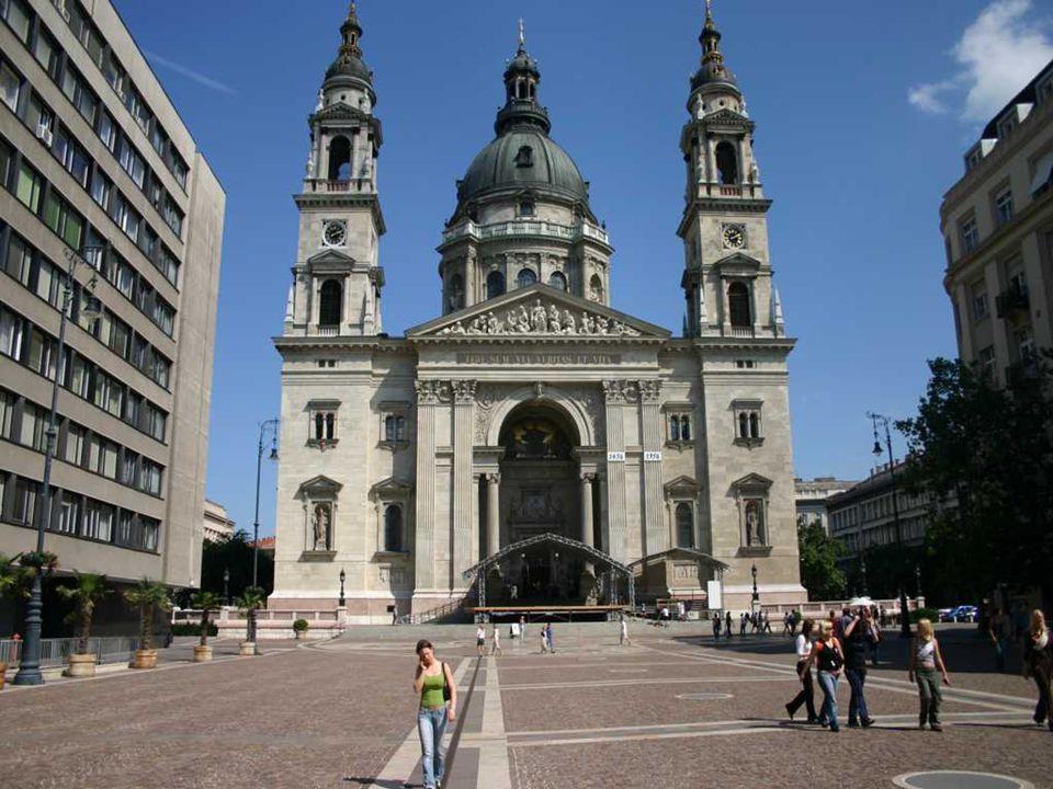 http://www.virtualbudapest.eu/index_HU.php#tourism
