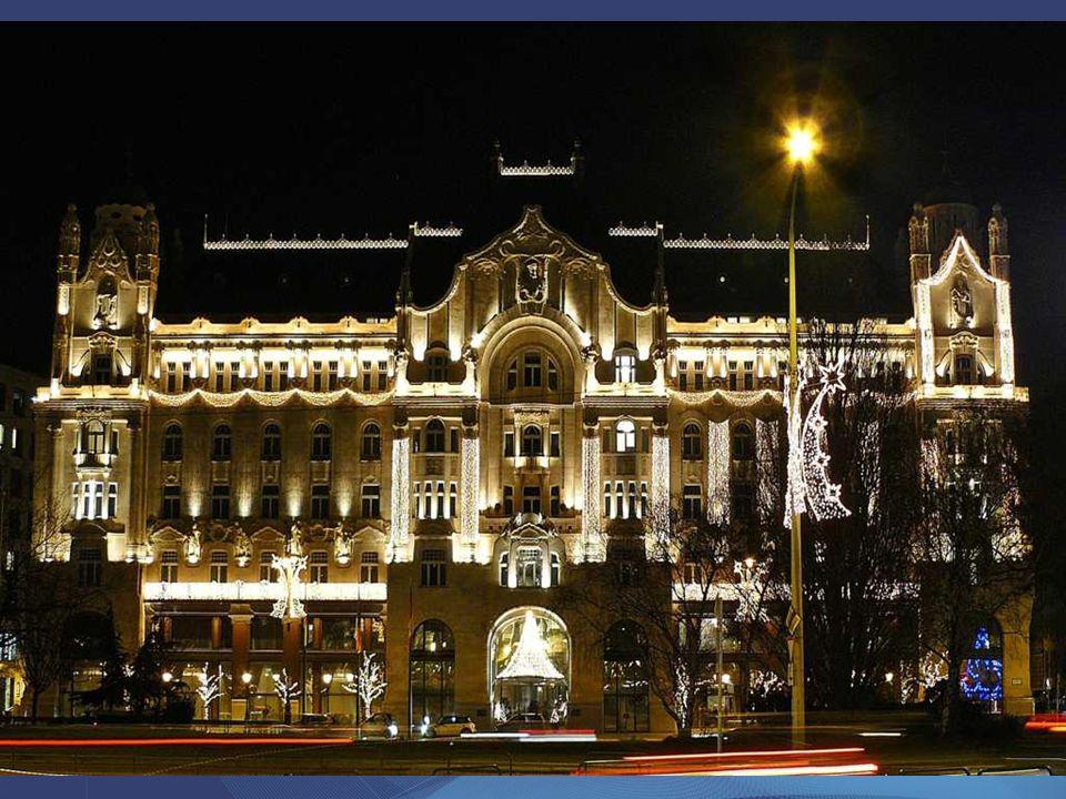 Quittner Zsigmond és a Vágó fivérek tervei alapján épült 1907-ben, a londoni The Gresham biztosítótársaság budapesti székházaként. Földszintjén egykor