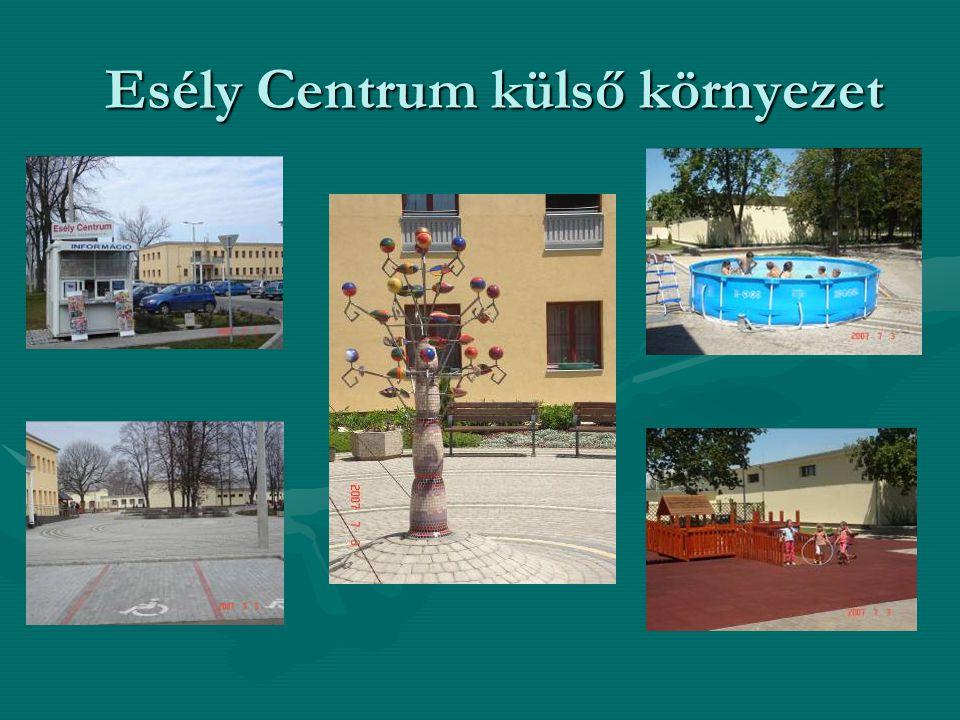 Esély Centrum külső környezet Esély Centrum külső környezet