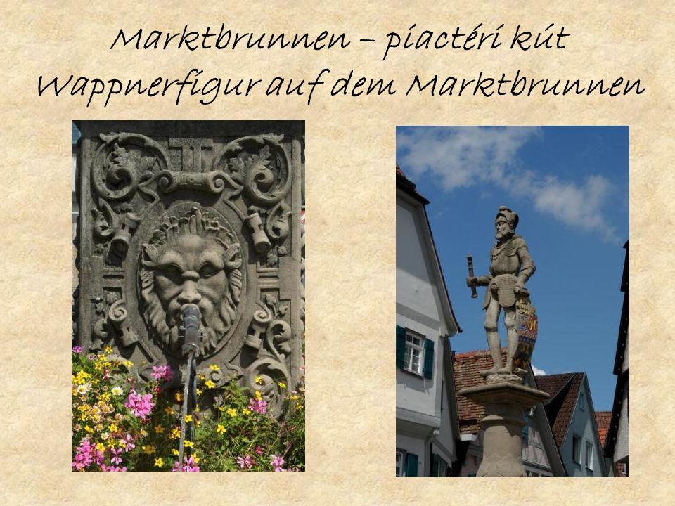 Marktbrunnen – piactéri kút Wappnerfigur auf dem Marktbrunnen